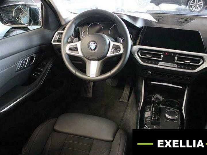 BMW Série 3 320D 190 AUTO SPORT  NOIR Occasion - 13