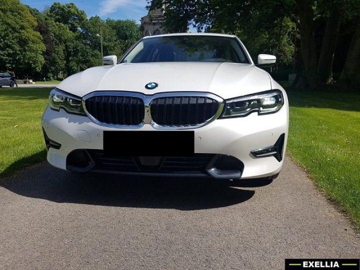BMW Série 3 320d SportLine  BLANC PEINTURE METALISE  Occasion - 1