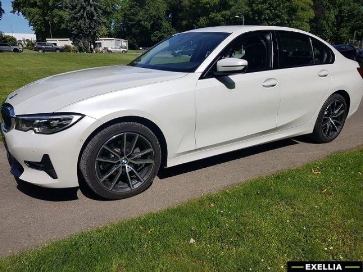 BMW Série 3 320d SportLine  BLANC PEINTURE METALISE  Occasion - 16