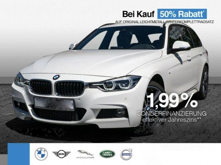 BMW Série 3 330d XDRIVE PACK M  blanc - 1
