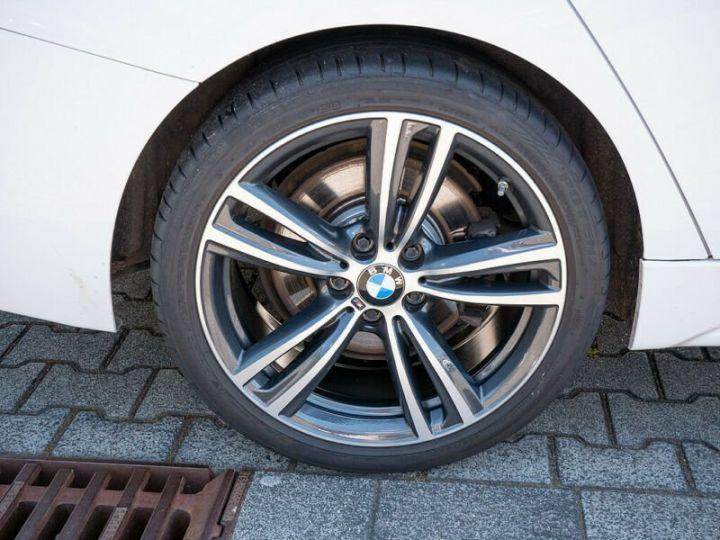 BMW Série 3 330d XDRIVE PACK M  blanc - 6