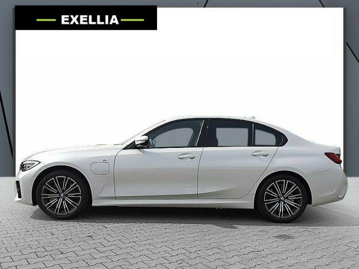 BMW Série 3 330e 184 M SPORT noir  Occasion - 3