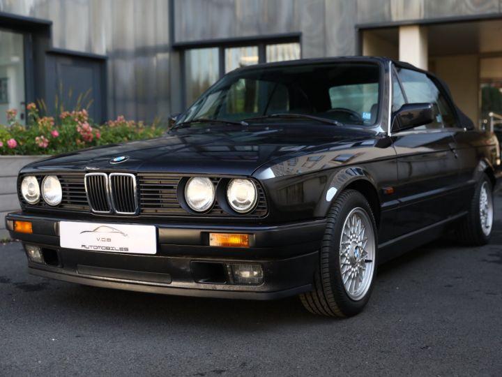 BMW Série 3 BMW 320I CABRIOLET E30 WORLDINE / 117000 KMS / BVM / VOLANT M Noir - 4