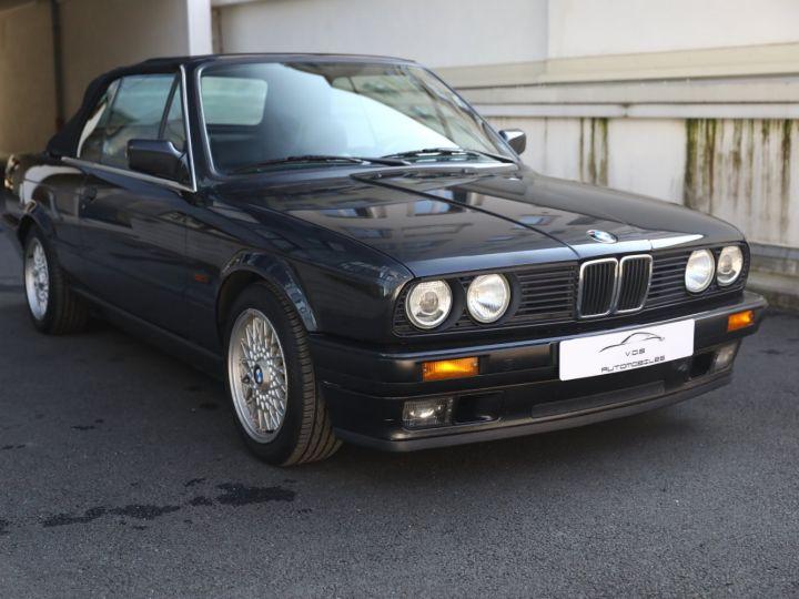 BMW Série 3 BMW 320I CABRIOLET E30 WORLDINE / 117000 KMS / BVM / VOLANT M Noir - 6