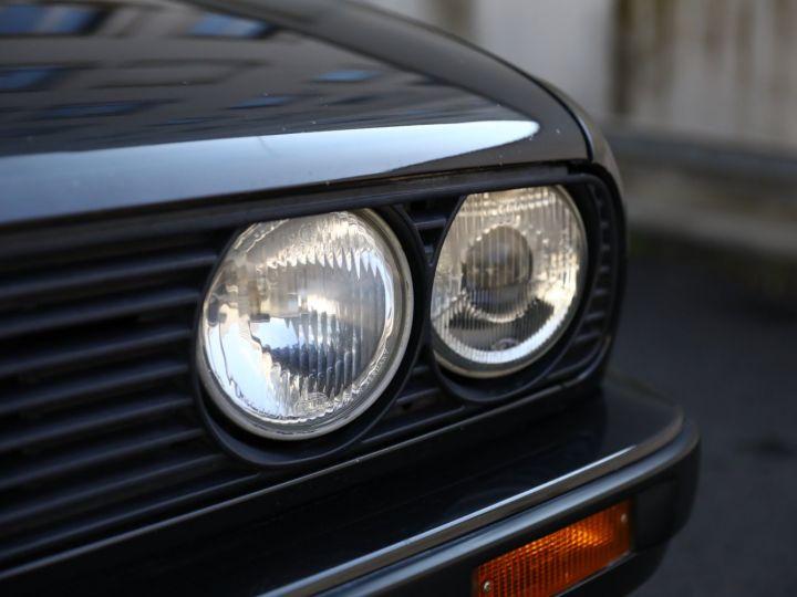 BMW Série 3 BMW 320I CABRIOLET E30 WORLDINE / 117000 KMS / BVM / VOLANT M Noir - 8