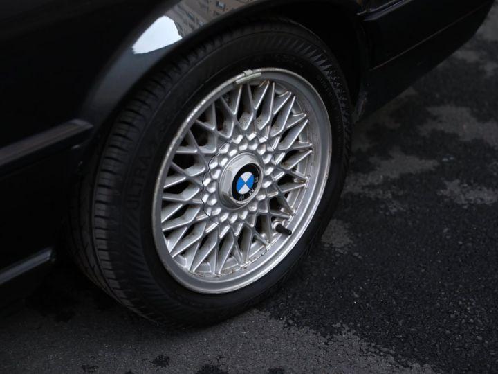 BMW Série 3 BMW 320I CABRIOLET E30 WORLDINE / 117000 KMS / BVM / VOLANT M Noir - 10