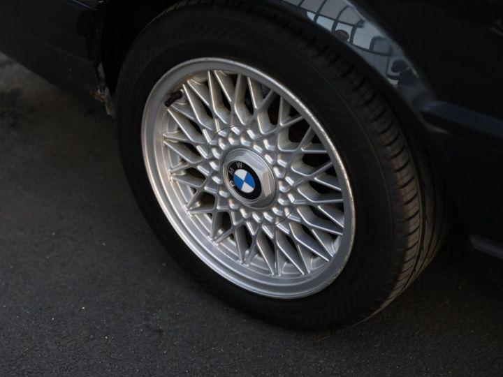BMW Série 3 BMW 320I CABRIOLET E30 WORLDINE / 117000 KMS / BVM / VOLANT M Noir - 20