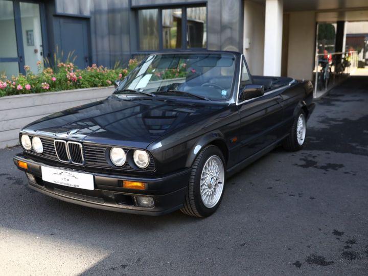 BMW Série 3 BMW 320I CABRIOLET E30 WORLDINE / 117000 KMS / BVM / VOLANT M Noir - 29