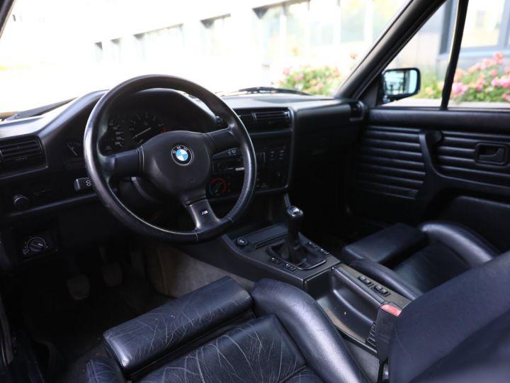 BMW Série 3 BMW 320I CABRIOLET E30 WORLDINE / 117000 KMS / BVM / VOLANT M Noir - 35