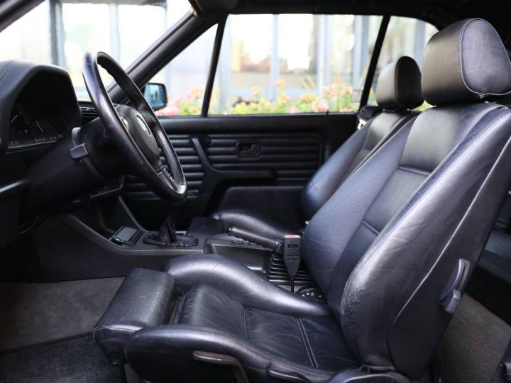 BMW Série 3 BMW 320I CABRIOLET E30 WORLDINE / 117000 KMS / BVM / VOLANT M Noir - 36