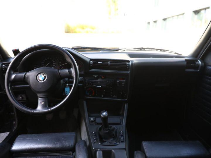 BMW Série 3 BMW 320I CABRIOLET E30 WORLDINE / 117000 KMS / BVM / VOLANT M Noir - 40