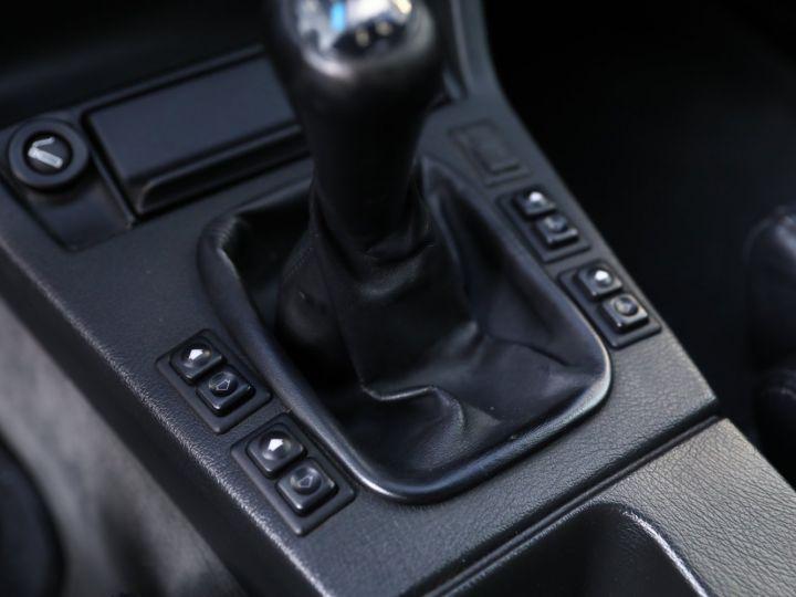 BMW Série 3 BMW 320I CABRIOLET E30 WORLDINE / 117000 KMS / BVM / VOLANT M Noir - 46