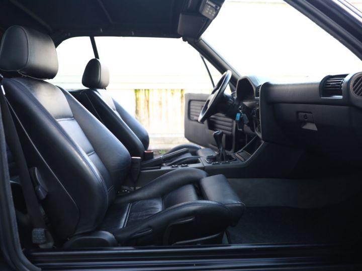 BMW Série 3 BMW 320I CABRIOLET E30 WORLDINE / 117000 KMS / BVM / VOLANT M Noir - 52