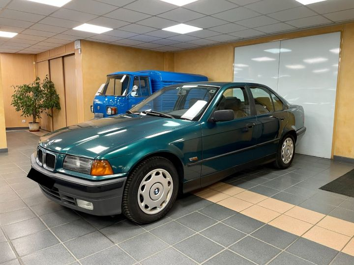 BMW Série 3 BMW 325 TD BVA Vert - 1