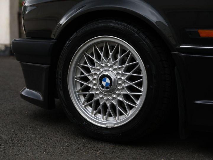 BMW Série 3 BMW 325I CABRIOLET E30 PACK M SUPERBE Noir - 4