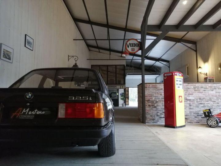 BMW Série 3 E30 325I 170 CV  Marron - 15
