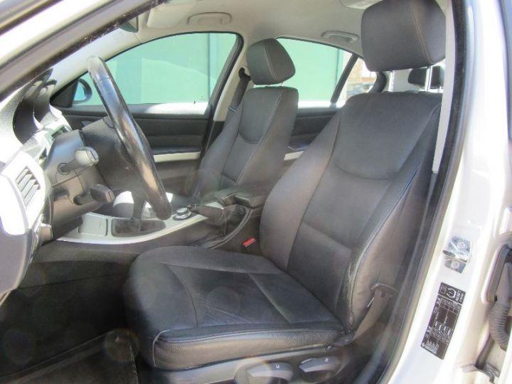 BMW Série 3 E90 318D 143CH LUXE GRIS CLAIR Occasion - 4