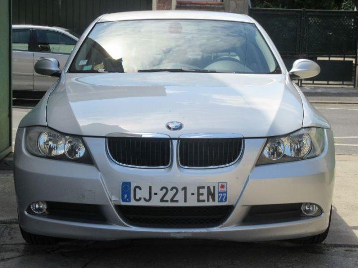 BMW Série 3 E90 318D 143CH LUXE GRIS CLAIR Occasion - 11