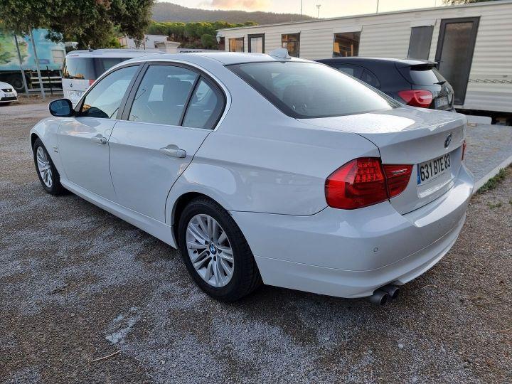 BMW Série 3 (E90) 325XI 218CH CONFORT Blanc - 2