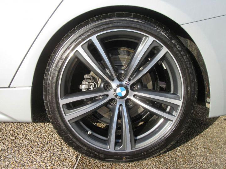 BMW Série 3 (F30) 330EA 252CH M SPORT Gris Clair - 9