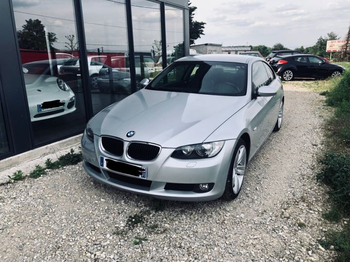BMW Série 3 Luxe Gris - 1