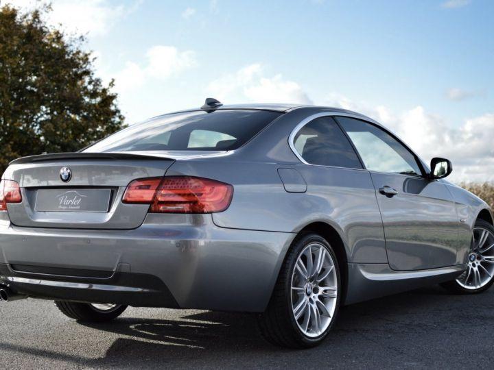 BMW Série 3 RARE 330XIA E92 LCI COUPE 3.0l 6 CYLINDRES EN LIGNE 272ch ESSENCE M SPORT 1ERE MAIN spacegrau - 4