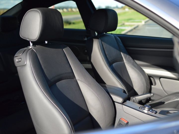 BMW Série 3 RARE 330XIA E92 LCI COUPE 3.0l 6 CYLINDRES EN LIGNE 272ch ESSENCE M SPORT 1ERE MAIN spacegrau - 13