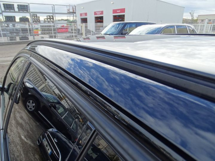 BMW Série 3 Touring 325D SPORT PACK M  noir metallisé - 8