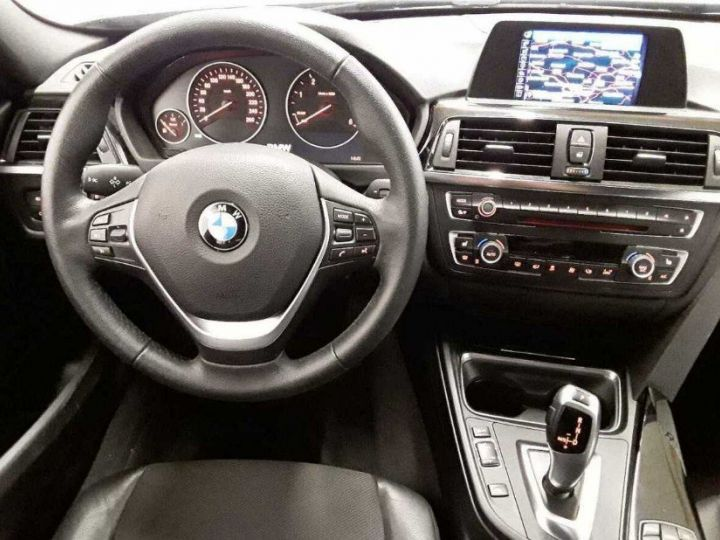BMW Série 3 Touring 330D 258 LOUNGE BVA8(12/2014) noir métal - 4