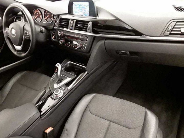 BMW Série 3 Touring 330D 258 LOUNGE BVA8(12/2014) noir métal - 7