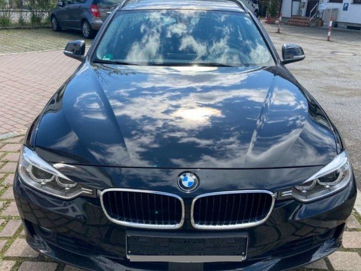 BMW Série 3 Touring 330d xDrive 258 AUTO 06/2014 59750KM! noir métal - 5