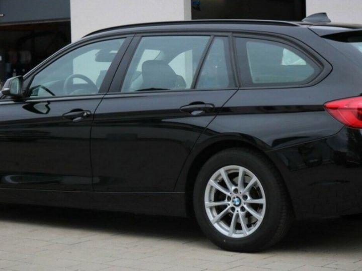 BMW Série 3 Touring (F31) (2) TOURING 320D 190 BVA8-03/2019 noir métal - 8