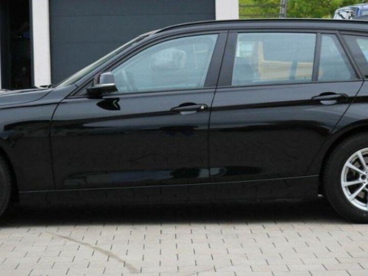 BMW Série 3 Touring (F31) (2) TOURING 320D 190 BVA8-03/2019 noir métal - 9