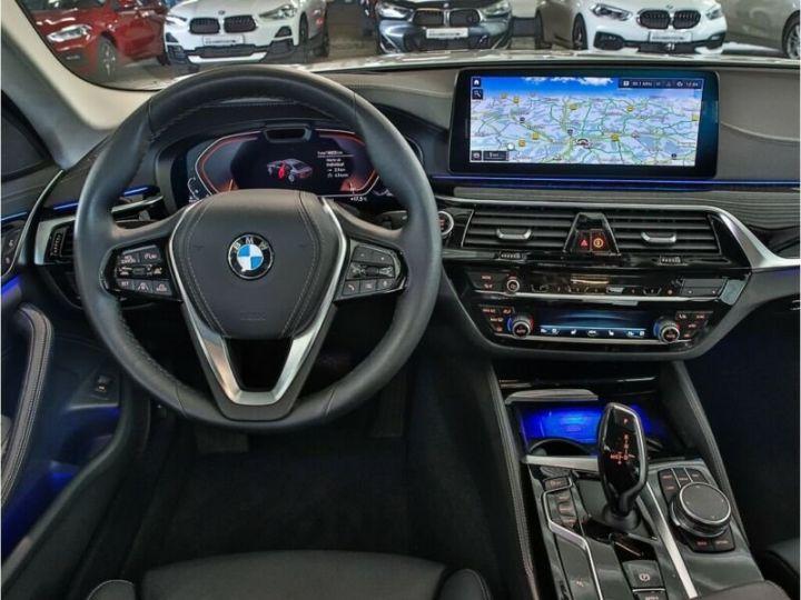 BMW Série 5 530D XDRIVE LUXURY BVA 286 cv BLANC  Occasion - 9