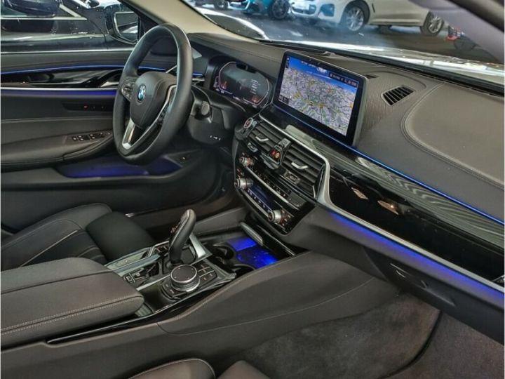 BMW Série 5 530D XDRIVE LUXURY BVA 286 cv BLANC  Occasion - 10