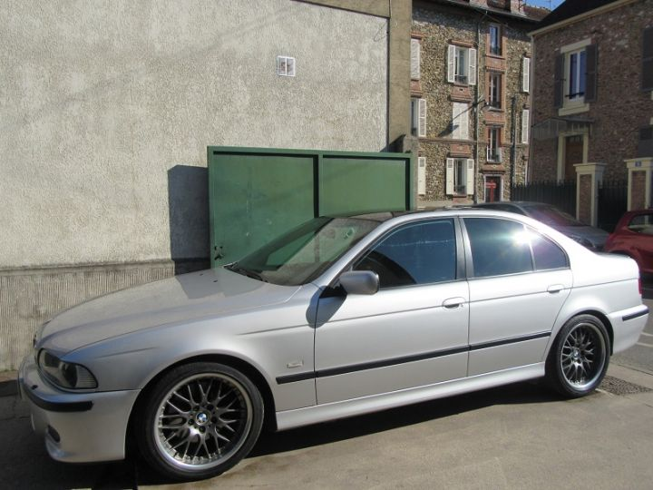 BMW Série 5 530DA 193CH PACK LUXE PACK M GRIS CLAIR Occasion - 11