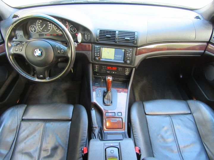 BMW Série 5 530DA 193CH PACK LUXE PACK M GRIS CLAIR Occasion - 15