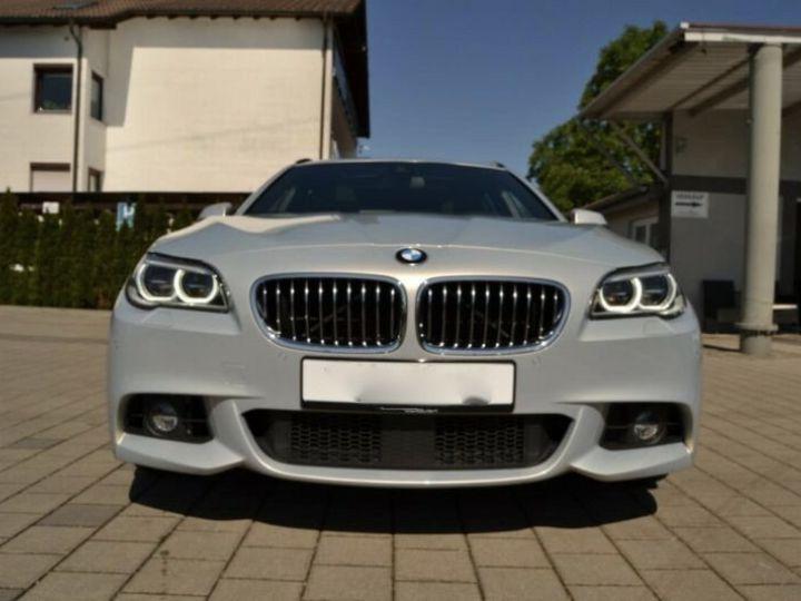 BMW Série 5 535D Touring xDrive Pack M Gris - 4