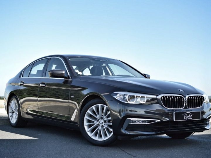 BMW Série 5 BMW 520DA G30 XDRIVE FINITION LUXURY 2.0 190ch BVA8 1ERE MAIN HISTO BMW BLACK PANEL LED SIEGES CONF gris fonce - 1