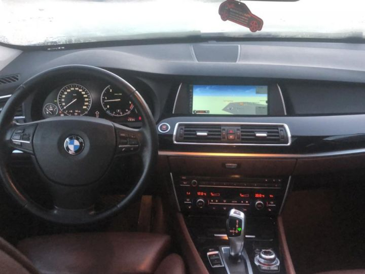 BMW Série 5 Gran Turismo Xdrive Pack Luxe Full Options BLANC - 4