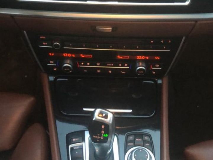 BMW Série 5 Gran Turismo Xdrive Pack Luxe Full Options BLANC - 12
