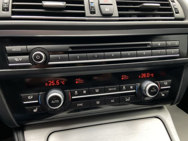 BMW Série 5 Touring 520 D TOURING XDRIVE M-SPORT 190ch (F11) BVA8 BLEU FONCE - 19