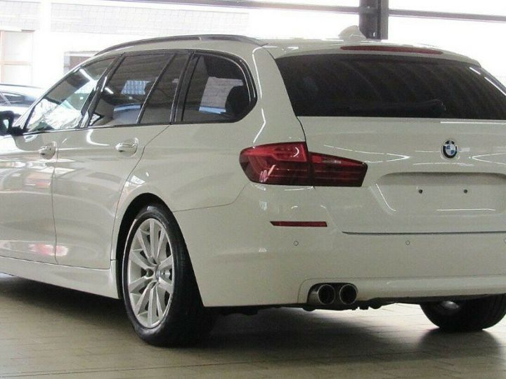 BMW Série 5 Touring 530D 258 LOUNGE BVA8 03/2015 Blanc métal  - 3