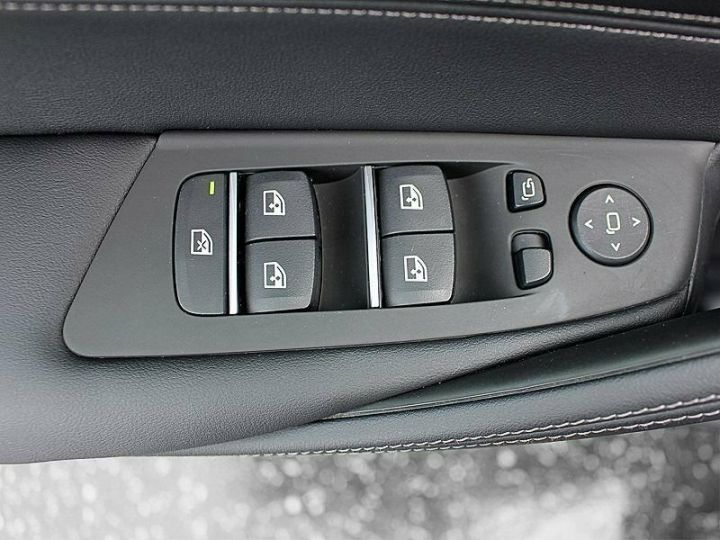 BMW Série 5 Touring 530D XDRIVE LUXURY BVA 286 cv NOIR Occasion - 4