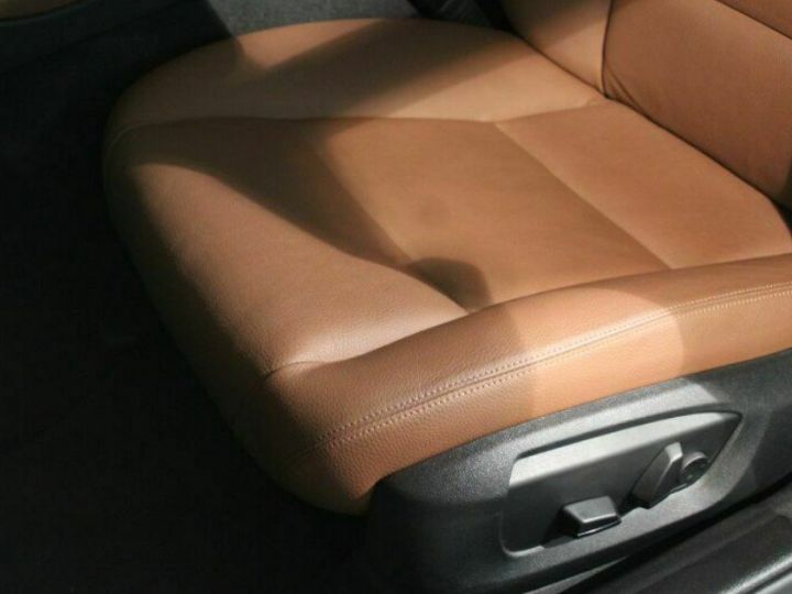 BMW Série 5 Touring 530dA xDrive 258 Touring (01/2017) Gris métal cachemire - 10