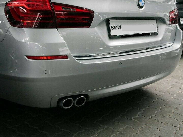BMW Série 5 Touring BMW 530dA 258 LUXE (TOIT PANORAMIQUE) 01/2017 Gris métal - 4