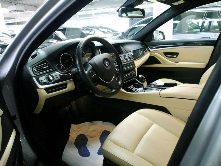 BMW Série 5 Touring BMW 530dA 258 LUXE (TOIT PANORAMIQUE) 01/2017 Gris métal - 13