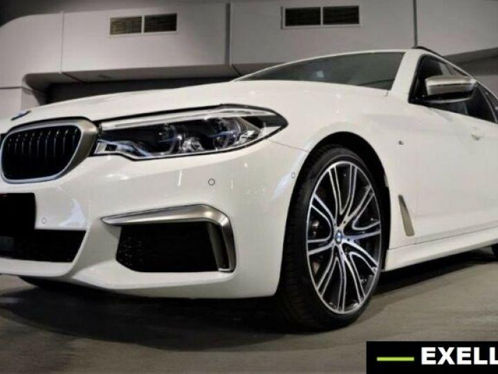 BMW Série 5 Touring M550d xDrive BLANC PEINTURE METALISE  Occasion - 1