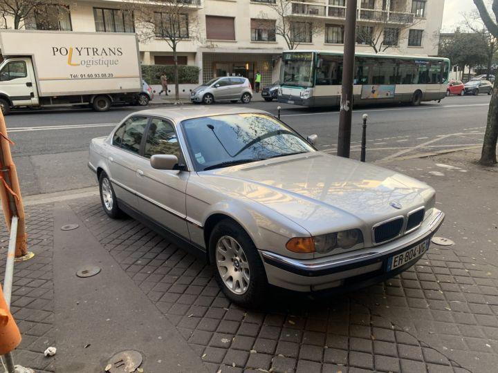 BMW Série 7 Gris argent métallisé  Occasion - 1