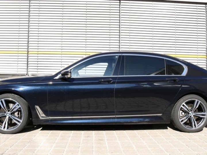 BMW Série 7 730 D L XDRIVE PACK AERO M CARBON BLACK  Occasion - 11